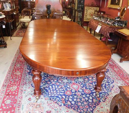 Mid Victorian Mahogany Dining Table